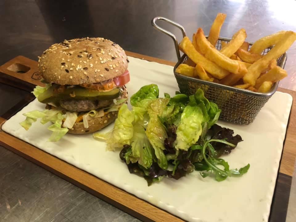 Arnouva, Burger