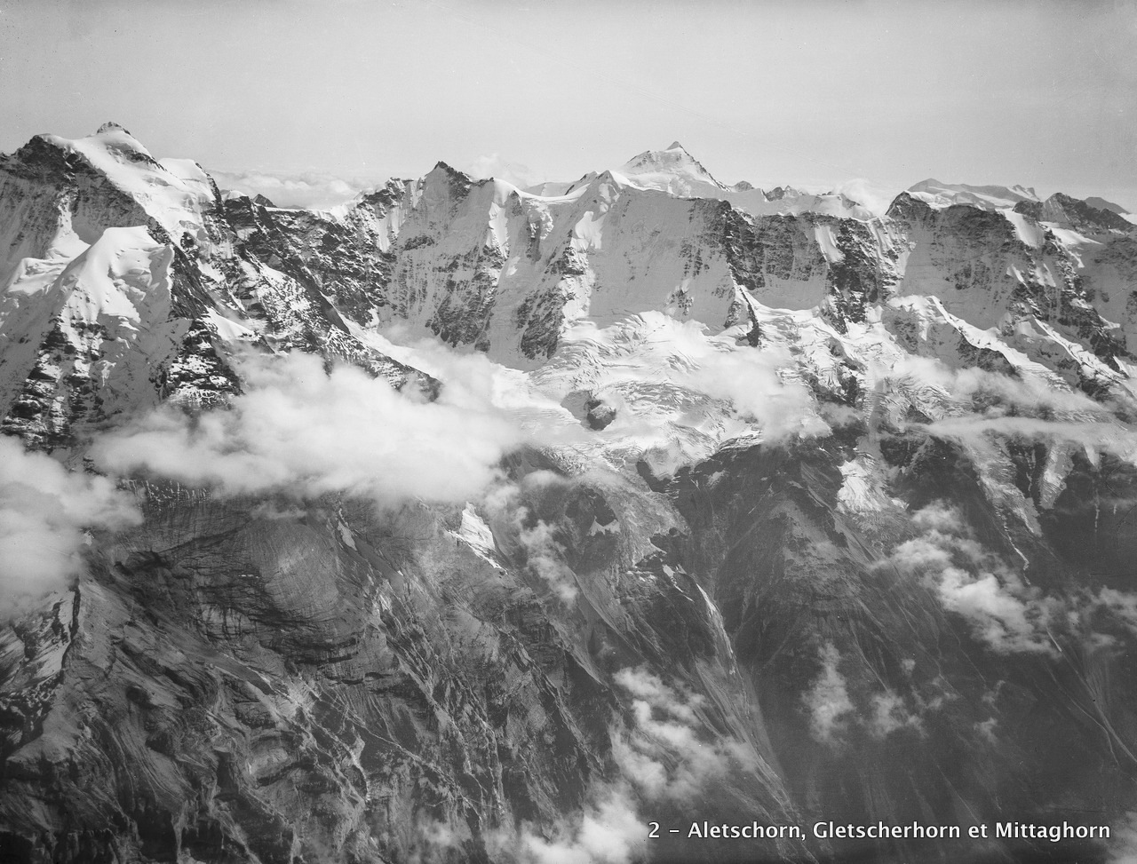 CH-NB_-_Aletschhorn,_Gletscherhorn_und_Mittaghorn_-_Eduard_Spelterini_-_EAD-WEHR-32087-B.tif