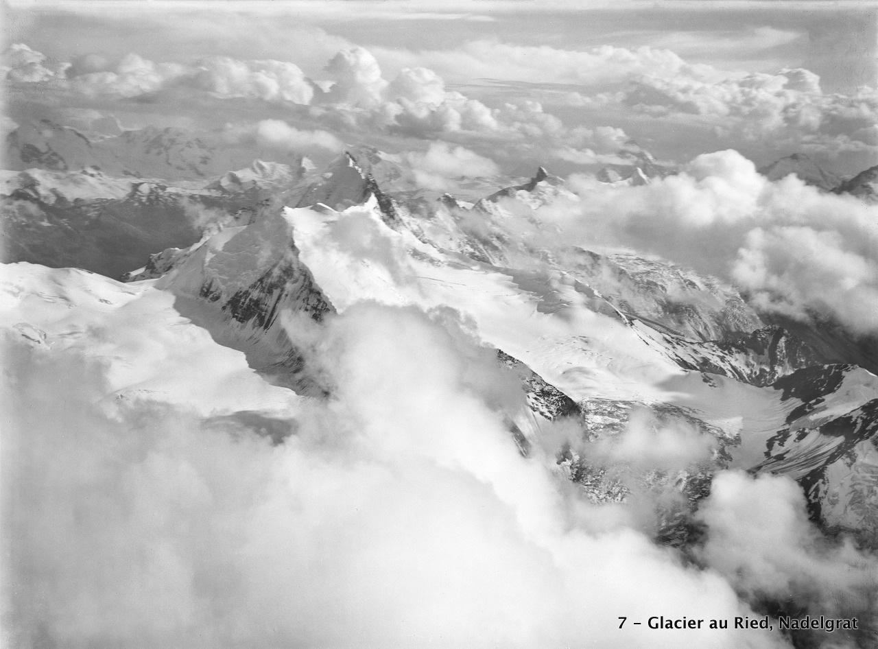 CH-NB_-_Glacier_au_Ried,_Nadelgrat_(Wallis)_-_Eduard_Spelterini_-_EAD-WEHR-32067-B.tif