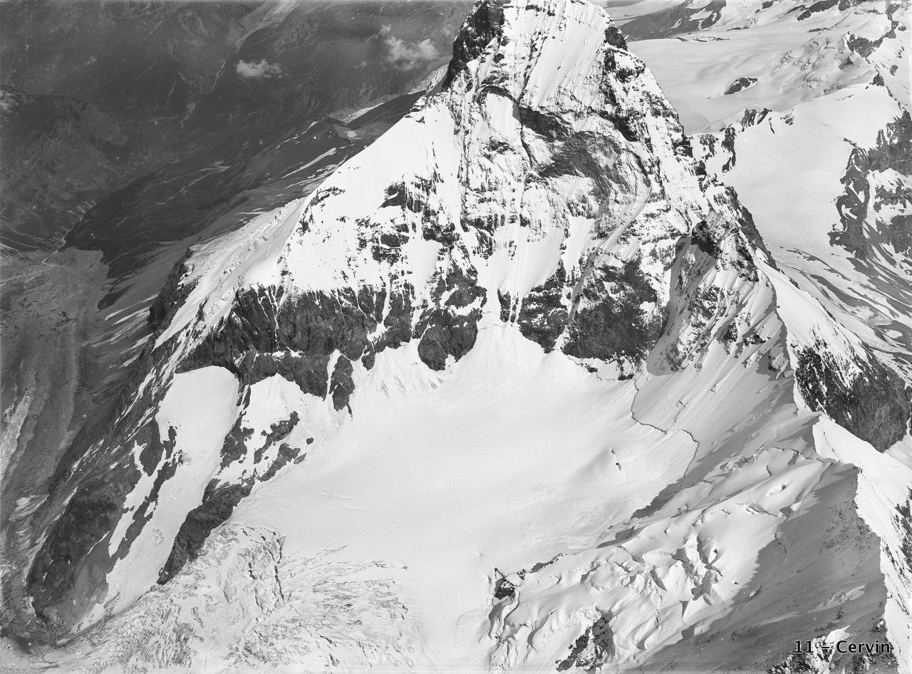 CH-NB_-_Matterhorn_-_Eduard_Spelterini_-_EAD-WEHR-32002-A.tif