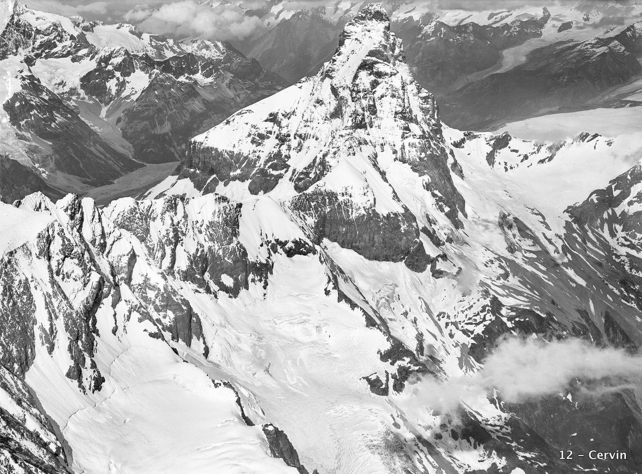 CH-NB_-_Matterhorn_-_Eduard_Spelterini_-_EAD-WEHR-32003-A.tif