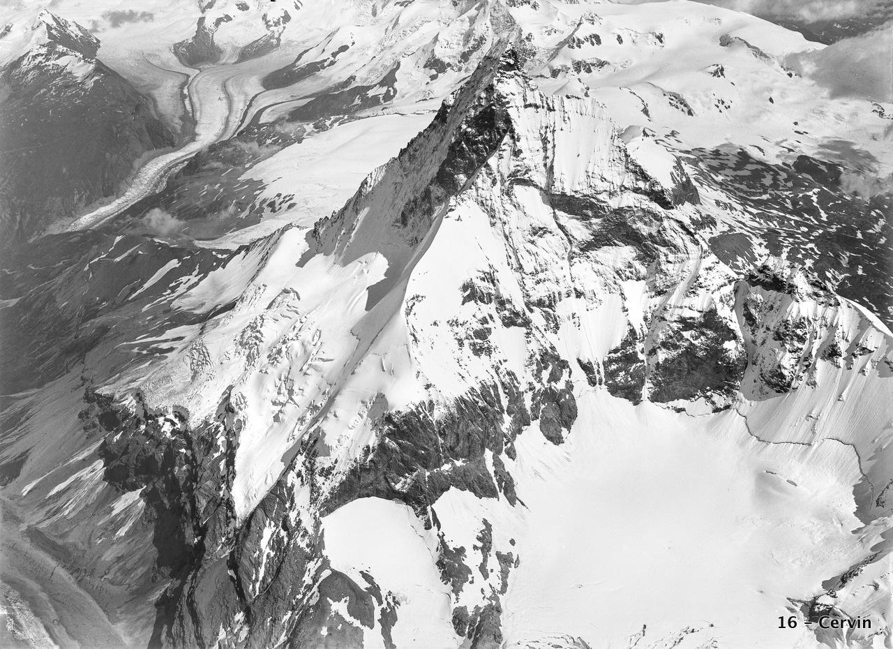 CH-NB_-_Matterhorn_-_Eduard_Spelterini_-_EAD-WEHR-32006-A.tif