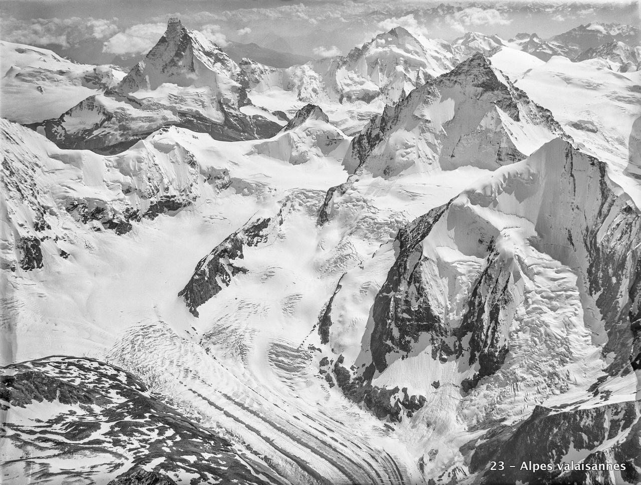 CH-NB_-_Walliser_Alpen_-_Eduard_Spelterini_-_EAD-WEHR-32055-B.tif
