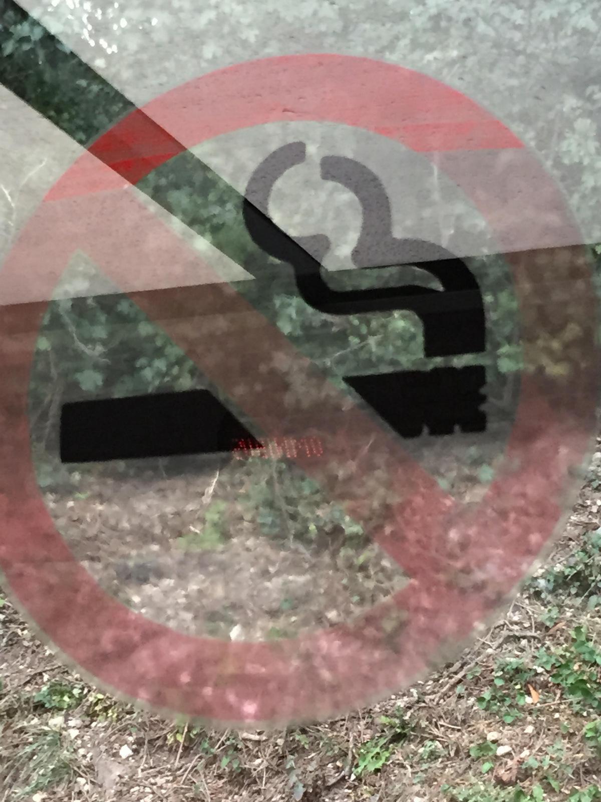 cigarette-001