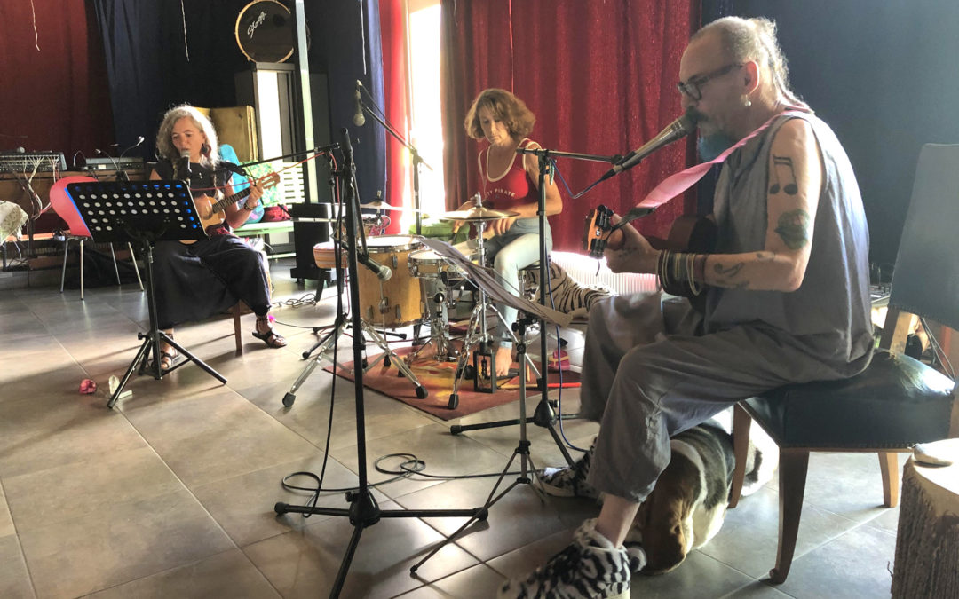Jek Aniu & Bab: «Tous egos, tous égaux…»